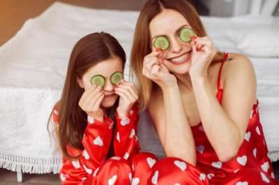 Masker Homemade Mentimun, Bantu Atasi Sunburn di Kulit Anak