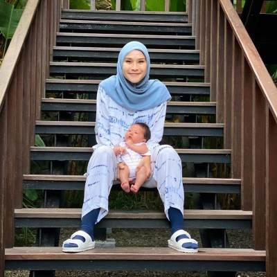 Cara Zaskia Atasi Baby Blues