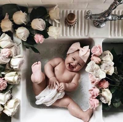 Tips Aman Memandikan Bayi Baru Lahir