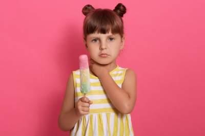 Kenali 6 Penyebab Radang Tenggorokan Pada Anak, Moms!