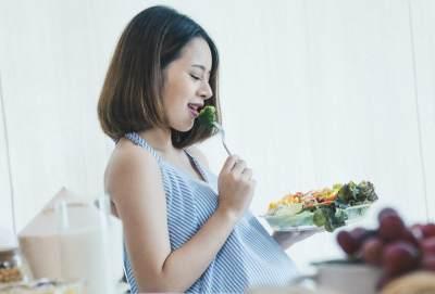 Konsumsi Makanan Ringan
