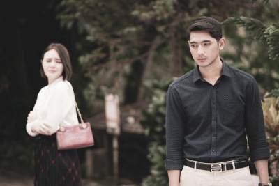Potret Arya Saloka, Family Man yang Jadi Panutan Keluarga
