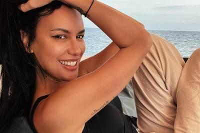 7 Pesona Sophia Latjuba yang Tetap Seksi di Usia 50