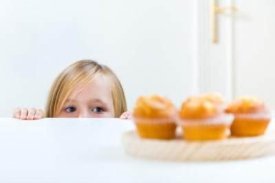 6 Tips Mengajarkan Anak Puasa Ramadhan Sejak Dini