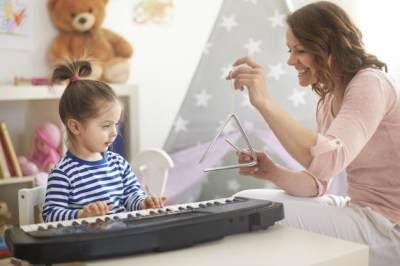 Kenalkan Anak dengan Hobi yang Baik