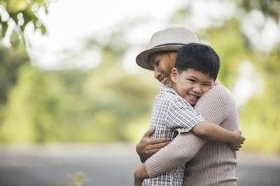Sering Terlupakan, Yuk Moms Ajarkan 5 Sopan Santun Ini Pada Si Kecil