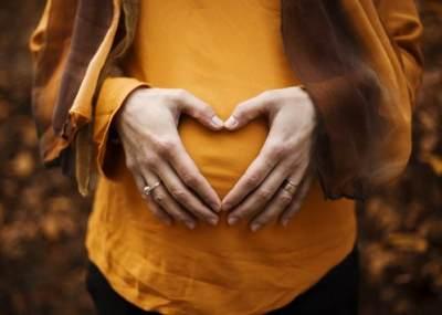 Potong Rambut Saat Hamil Sebabkan Bayi Lahir Cacat, Mitos atau Fakta?