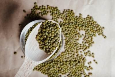 Benarkah Makan Kacang Hijau Saat Hamil Bikin Lebat Rambut Bayi?
